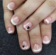 imagenes uñas decoradas mickey mouse french with disney mickey mouse accent nails by jen pinterest
