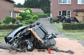 a terrible accident with audi s8 from belgium vehicles