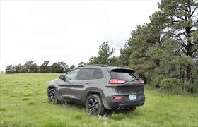 mudding jeep cherokee 2015 jeep cherokee adds to an already awesome sport utility