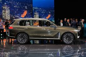 range rover concept bmw x7 suv concept is a range rover lookalike in frankfurt
