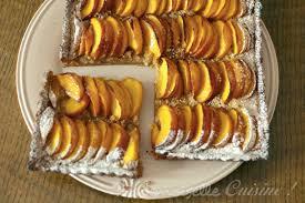 cuisiner les peches tarte aux peches recette de cuisine mademoiselle cuisine