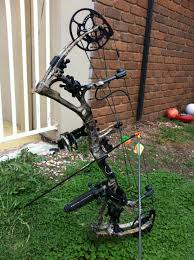 bear archery motive 6 review compound bow inspection