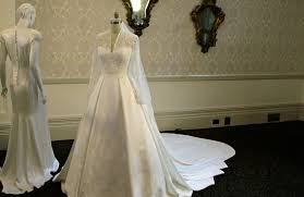 display wedding dress duchess catherine s wedding dress is one of the most expensive