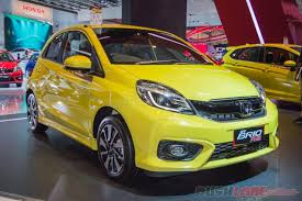 honda indonesia honda brio facelift brio rs yellow 2016 indonesia auto show giias