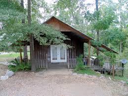 natchez cabin rental