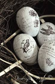 Vintage Plastic Easter Decorations by Upcycle Plastic Easter Eggs Into These Stunning Decoupage