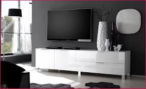télé pour chambre tele chambre ado avec meuble tv pour chambre 260568 bien etagere