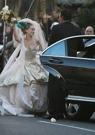 Vivienne Westwood Wedding Dress Carrie Bradshaw U0027s Vivienne Westwood Wedding Dress Sells Out In