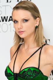 5 best taylor swift hair looks taylor swift u0027s signature hairstyles