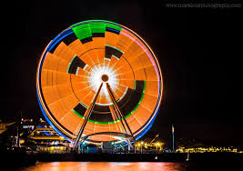 Halloween Night Light by Wow The Seattle Great Wheel Put On A Halloween Light Show