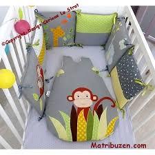 chambre bebe jungle tour de lit jungle turbulette singe gigoteuse naissance linge de