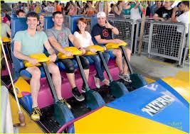 Six Flags Jackson Nick Jonas Six Flags With Michael Urie Photo 474224 Photo