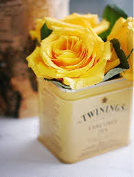 Roses In A Box Yellow Roses In A Box Pictures Photos And Images For Facebook