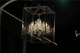 Baccarat Chandelier Baccarat Chandeliers Illuminate Rodeo Drive In Beverly