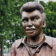 lucille ball a new lucille ball statue replaces scary one in her hometown