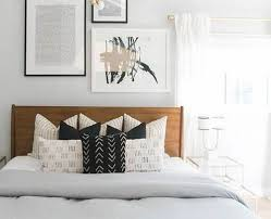 bed pillow ideas 8 simple bedroom decorating ideas homedecor guide