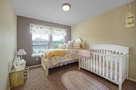 chambre bébé couleur taupe chambre bébé de design original 55 idées de déco et mobilier