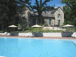le castellet chambre d hotes bed and breakfast chambre d hôtes le castelet castres reserving com