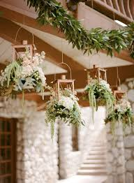 Lanterns For Wedding Centerpieces by 86 Best Hanging Wedding Decorations Images On Pinterest Marriage