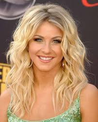 unique hairstyles for medium length hair wavy medium length hair julianne hough hair pinterest