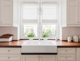 arcadia white kitchen cabinets lowes lowe s kitchen cabinets review what do customers think