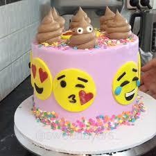 wedding cake emoji best 25 emoji cake ideas on birthday cake emoji