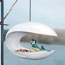 fabrication mangeoire oiseaux mangeoire pour oiseau design hanging bird eva solo zendart design