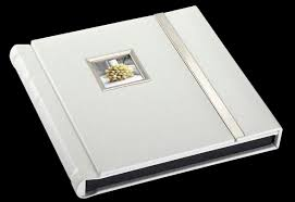 white photo albums wedding albums
