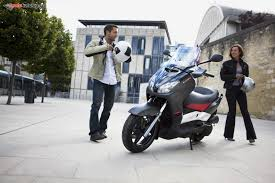 yamaha x max 125 katalog motocyklů a motokatalog na motorkáři cz