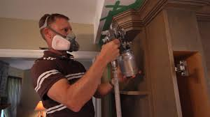 how to use a paint spray gun for clear coating kitchen cabinets