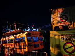 2014 halloween horror nights universal studios scares visitors out of their pants u2013 the miami