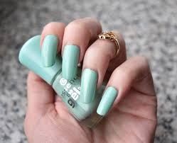 nagellack designs essence play with my mint essence nailpolish nagellack