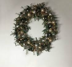 Home S Decor Raise Your Home U0027s Curb Appeal With These 15 Ornament Wreaths