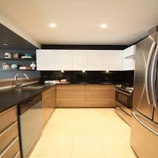 cuisines blanches et bois la captivant cuisine blanc bois et noir academiaghcr