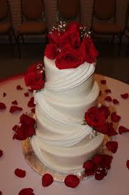wedding cake roses image result for wedding cake roses pearls hapa wedding