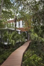 miami home and decor magazine best 25 miami houses ideas on pinterest miami photos pantone