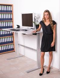 H Enverstellbarer Schreibtisch Höhenverstellbarer Schreibtisch Dila Gmbh Ladeneinrichtungen