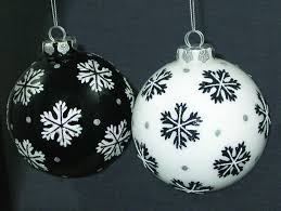 8 black and white ornaments merry