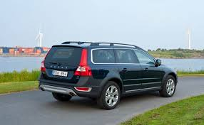volvo station wagon 2012 volvo xc70 family friendly station wagon onsurga