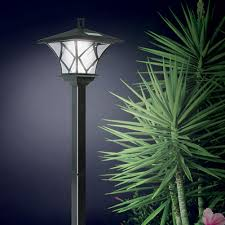 Outdoor Solar Lamp Post by Ideaworks Solar Powered Led Yard Lamp With 5 Foot Pole For Outdoor