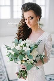 rustic simple wedding hairstyle and long sleeves wedding dress