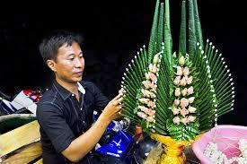 Traditional Flower Arrangement - photo traditional thai floral arrangement