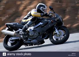 honda vtr engine cycle sports motor cycle sporttourer honda vtr 1000 f