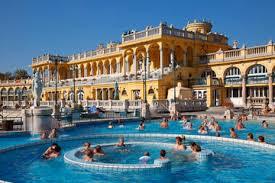 bagno termale e piscina széchenyi thermes széchenyi site touristique de budapest activités 2018