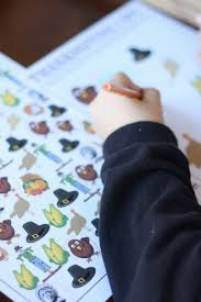 thanksgiving pencils thanksgiving printable counting activity search and i spy for kids