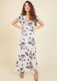 maxi dresses it s a flowy maxi dress modcloth