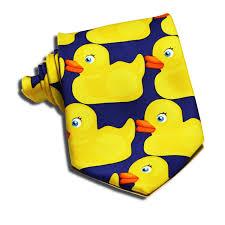 rubbery duck necktie how i met your mother barney u0027s ducky tie at