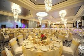 wedding serving dishes expensive wedding ceremony theme for the crowd stylish design