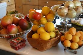 how to keep your fruits and vegetables fresh for longer home
