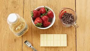 how to make chocolate dipped strawberries bettycrocker